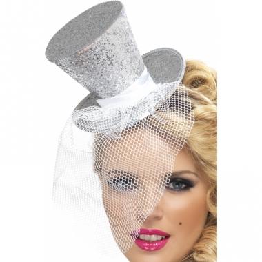Zilveren mini hoedje op diadeem