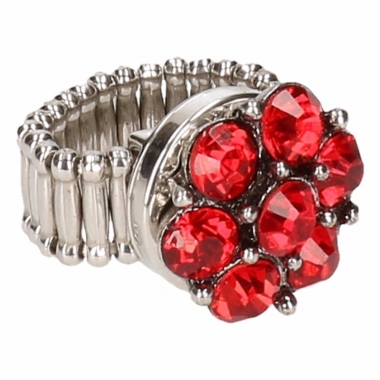 Zilveren ring met rode steentjes drukknoop