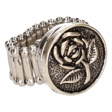Zilveren ring met roos drukknoop