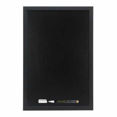 Zwart krijtbord met zwarte rand 30 x 40 cm inclusief stift