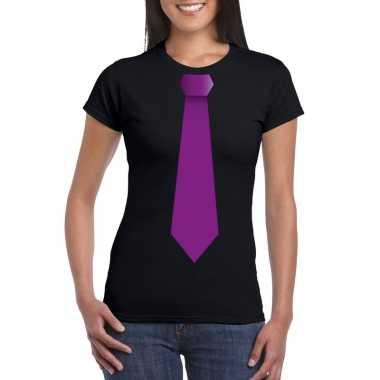 Zwart t-shirt met paarse stropdas dames