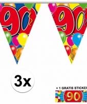 3 vlaggenlijnen 90 jaar met gratis sticker