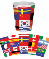 8 bekertjes internationaal