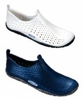 Anti slip waterschoenenen
