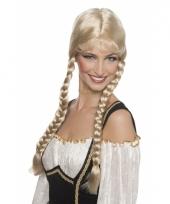 Blonde damespruik met lange vlechten
