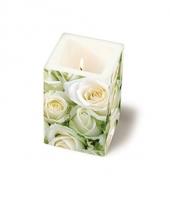 Bruiloft kaars met witte roosjes
