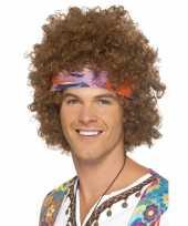 Bruine hippie pruik met haarband voor heren