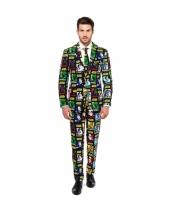 Business suit met star wars print