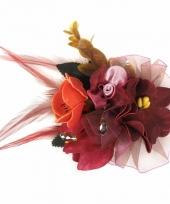 Corsage rode bloemen