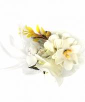 Corsage witte bloemen met clip