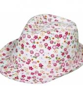 Dames hoeden met roze bloemen