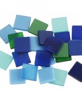 Doos met groen blauwe mozaiek stenen 10x10 mm