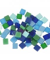 Doos met groen blauwe mozaiek stenen 5x5 mm