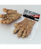 Fop reuzen handen