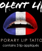Franse lip tattoeage