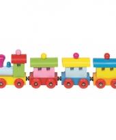 Gekleurde houten trein met wagons