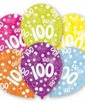 Gekleurde verjaardag ballonnen 100 jaar