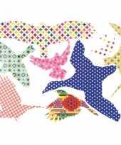 Gekleurde vogel stickers voor op het raam 42x28 cm