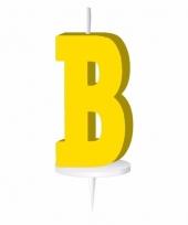 Gele letter kaars b