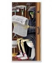 Halloween deur versiering magere hein op toilet 76 x 152 cm