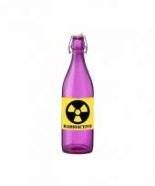 Horror decoratie fles paars met radioactive etiket