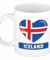 Ijslandse vlag hartje koffiemok 300 ml