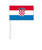 Kroatie zwaai vlaggetjes 12 x 24 cm