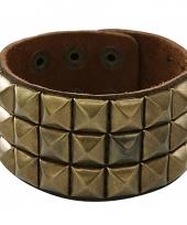 Lederen armband met gouden studs