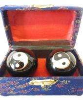 Meridiaanballen yin yang 4 5 cm in kistje