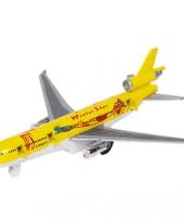 Model vrachtvliegtuigje met pull back motor