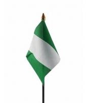 Nigeriaanse landenvlag op stokje
