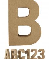 Papier mache letter b om te beschilderen