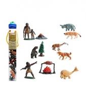 Plastic figuren van de prehistorie