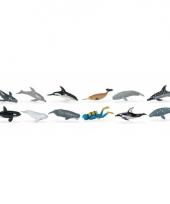 Plastic figuren van walvissen en dolfijnen