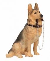 Polystone beeld duitse herdershond met riem 19 cm