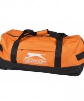 Reistas met wieltjes oranje 73 cm
