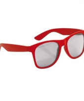 Rode kinder feest en zonnebril wayfarer