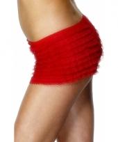 Rood broekje voor onder een jurkje