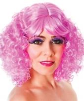 Roze dames pruik krullend