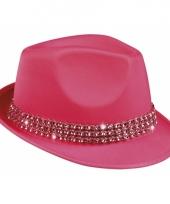 Roze hoedjes met studs