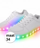 Schoenen met lichtgevende zool maat 34