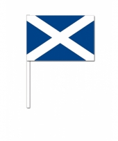 Schotland zwaai vlaggetjes 12 x 24 cm