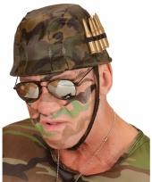 Soldaten helm met kogels