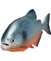 Speeldier piranha van plastic 11 cm
