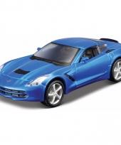 Speelgoedauto chevrolet blauwe corvette stringray 2014