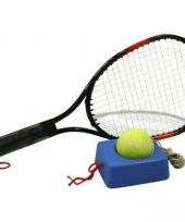Tennis racket om te oefenen bal aan elastiek