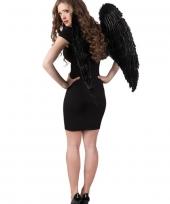 Vleugels in de kleur zwart 87 x 72 cm