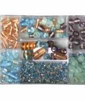 Voorraadbox met turquoise parel glaskralen