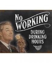 Wand decoratie drinking hours
