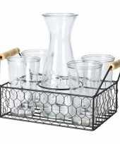 Water karaf met 4 glazen in mandje